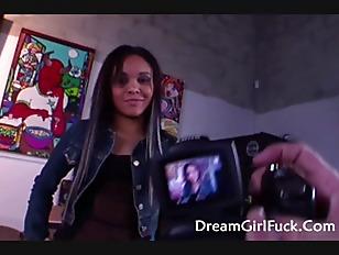 Young Latina Jaslin Diaz...