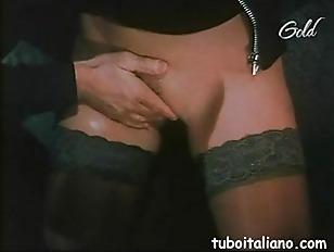 Porno Italiano Simona Valli...