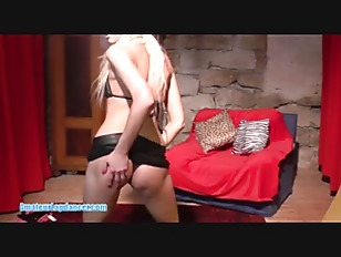 Picture Young Girl 18+ Blonde Does Lapdance And Hand...