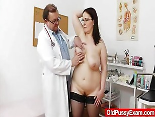 Big-breasted Matured Ob...