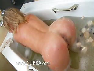 Picture Bath Pleasure Of Breasty Blonde Babe