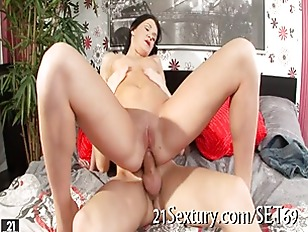Picture Hot Sexy Sweet Slut Loves To Suck Cock