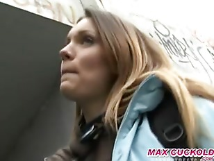 Picture Young Blonde Fucked In City Park For Money