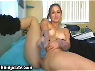 Picture Beautiful Girl Toying Her Horny Pussy
