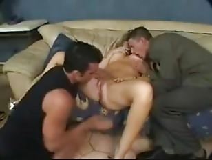 Housewife daphne blowjob