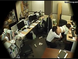 Picture Asian OL Fuck By Her Co Worker In The Office