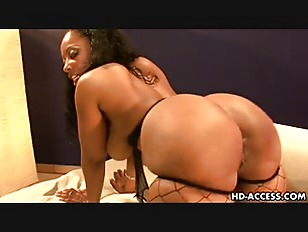 Ebony milf cherookee outdoors youjizz
