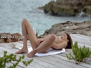 Picture Asian Angel Fingering By The Ocean