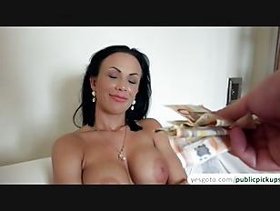 Samantha Blaze E223