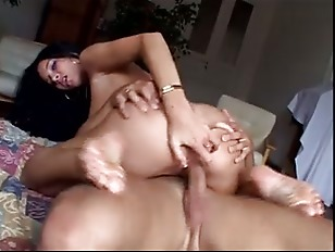 Picture Gloria Gucci Feet Play
