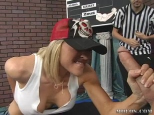 Picture Kagney And Krissy Cock Arm Wrestling