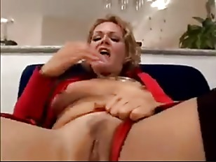 KELLY LEIGH ANAL SEX...