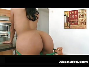Wild hardcore anal toy squirt