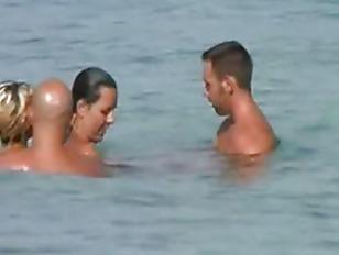 two-couples-sex-on-beach-nina-mercedez-virtual-sex-rapidshare